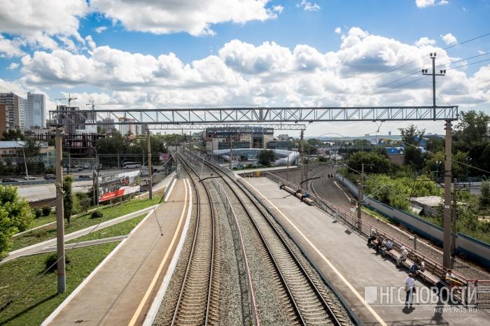 Пассажирский поезд«Лениногорск – Томск» сбил переходившую пути рядом с вокзалом девушку