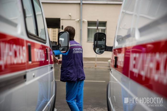 Водитель«скорой помощи» сбил женщину на перекрестке ул. Титова и ул. Римского-Корсакова