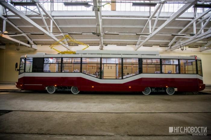 Один из первых трамваев, отремонтированных«БКМ-Сибирь»